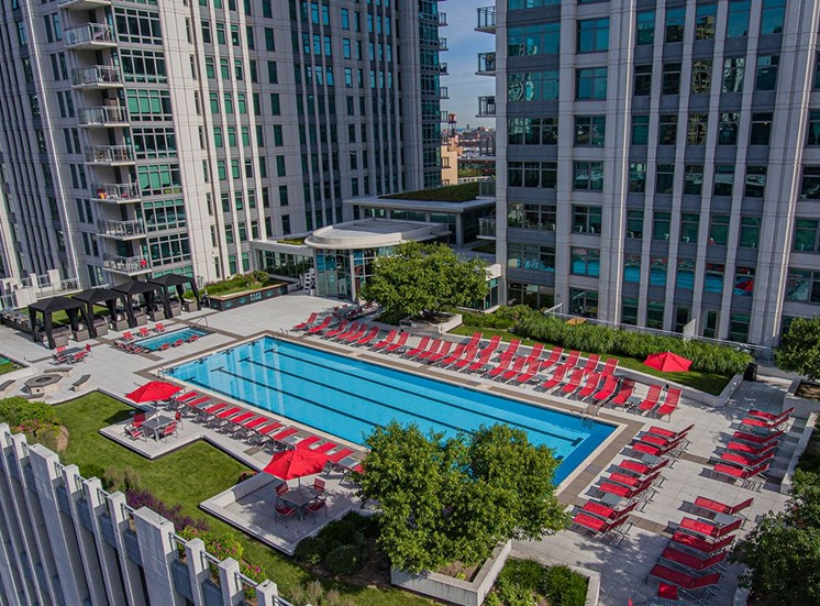 Alta's expansive rooftop terrace in Chicago, IL
