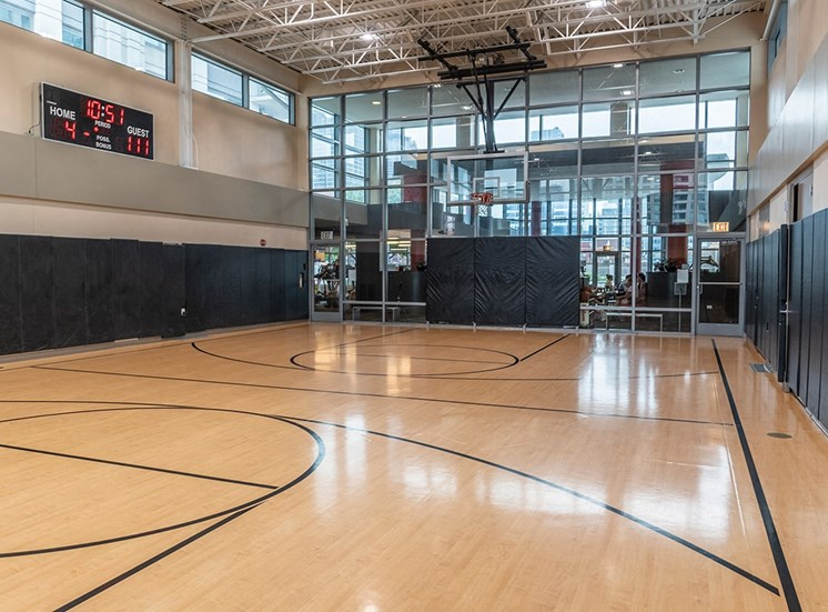 The only full-sized sports court in the West Loop rental market is at Alta