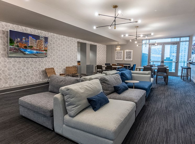 Alta features a resident party room available for rental