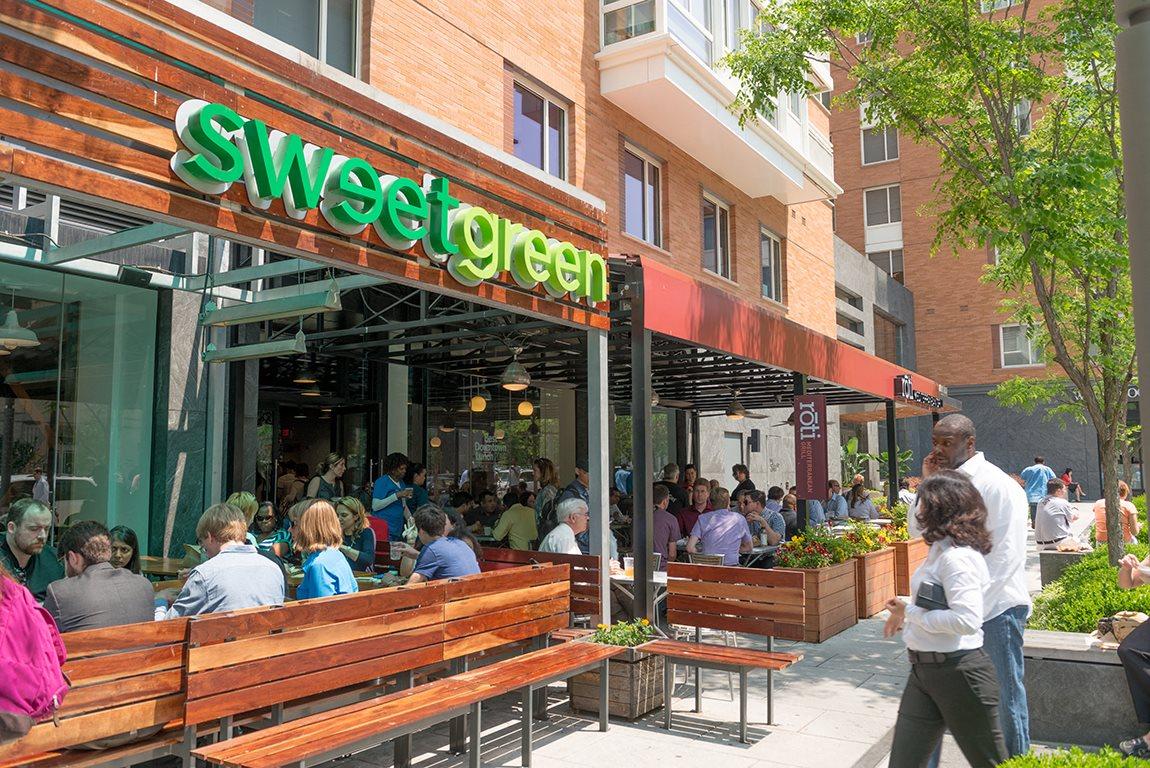 Near Sweet Green at The 925 Apartments, Washington, DC,20037