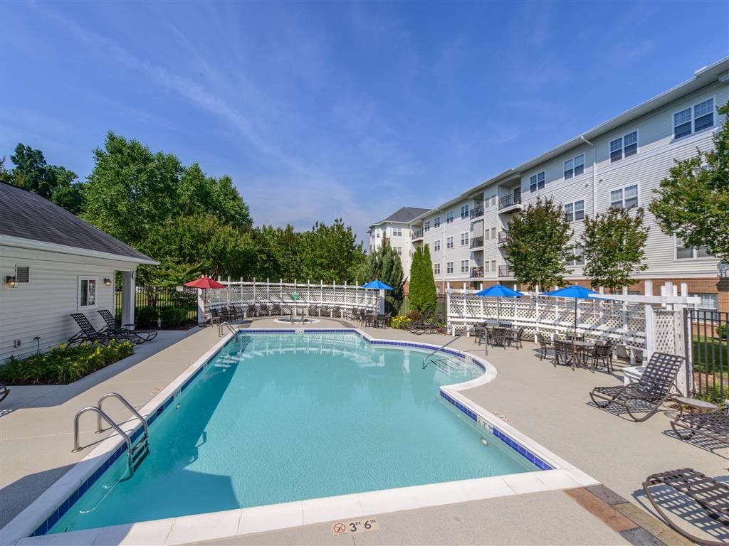 Poolside Sundeck and Grilling Area at Evergreens at Smith Run, Fredericksburg