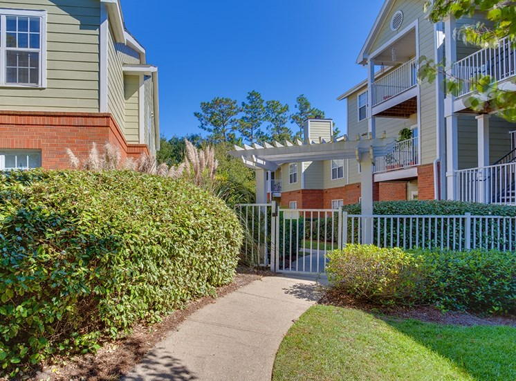 Governors Gate apartment residences in Pensacola, Florida