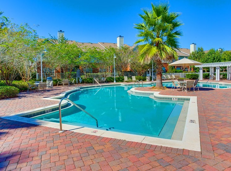 Governors Gate apartments swimming pool in Pensacola, Florida