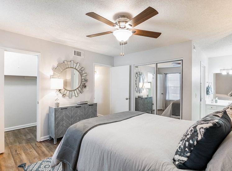 Woodcliff model suite bedroom in Pensacola, Florida