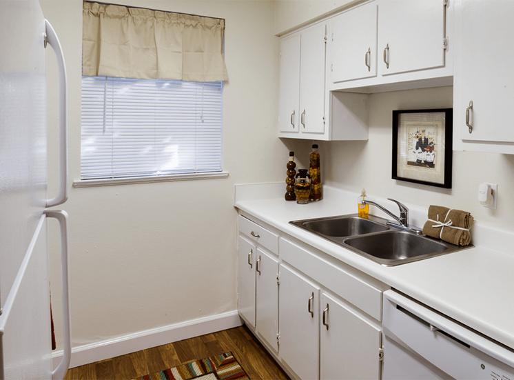 Jamestown Estates model suite kitchen in Pensacola, Florida