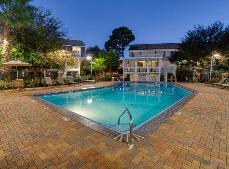 Jamestown Estates apartments swimming pool in Pensacola, Florida