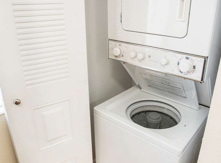 Blue Isle model suite washer and dryer in Coconut Creek, Florida