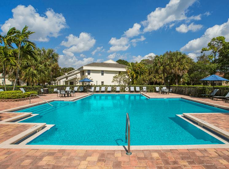 Blue Isle apartments swimming pool in Coconut Creek, Florida