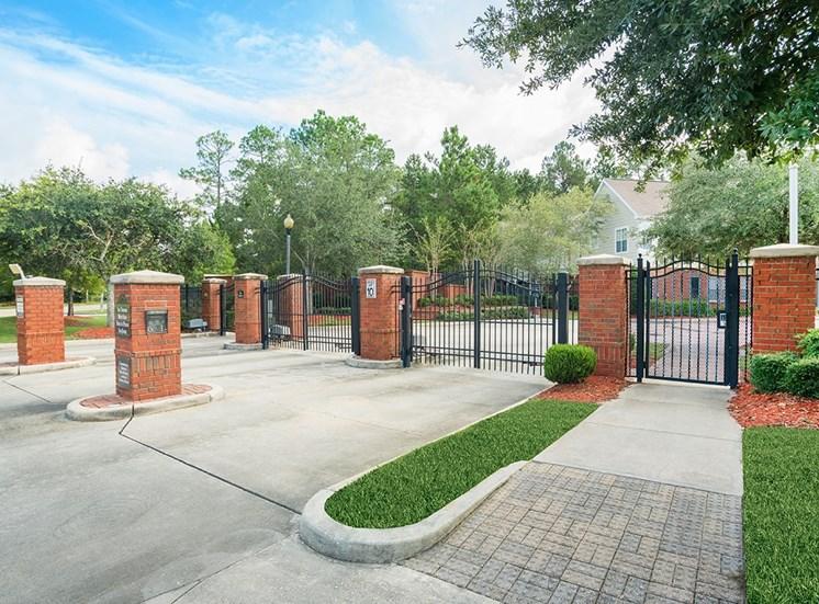 Greenbrier Estates apartment community entrance in Slidell, Louisiana