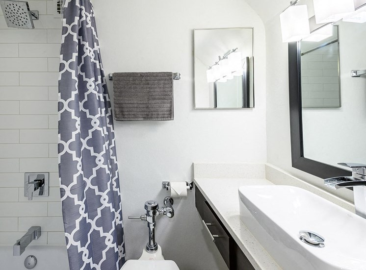 Bathroom at The Georgian rental apartments in New Orleans