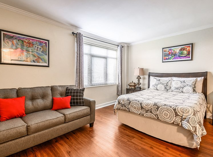 Studio apartment at The Georgian in Uptown New Orleans