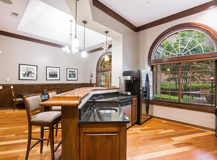 Resident clubhouse with full kitchen in Atlanta, Georgia
