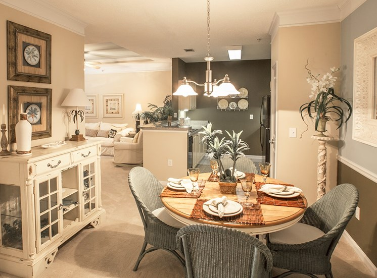 Barrett Walk model suite dining area in Kennesaw, GA
