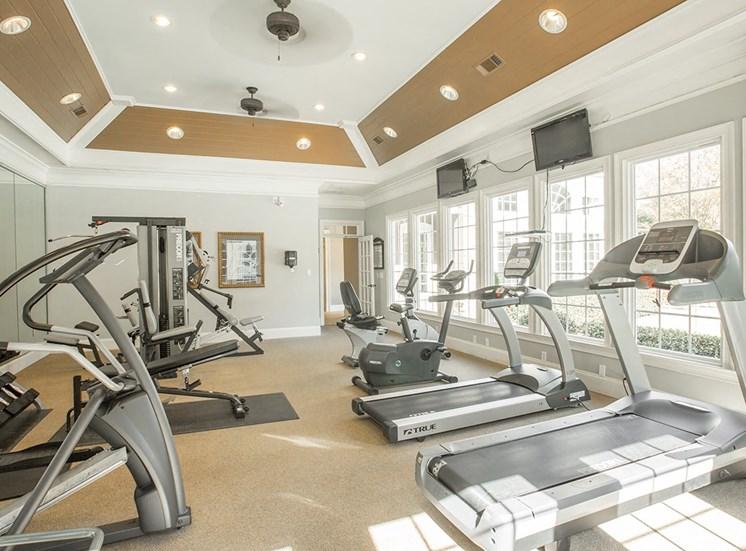 Barrett Walk Apartments fitness center in Kennesaw, GA