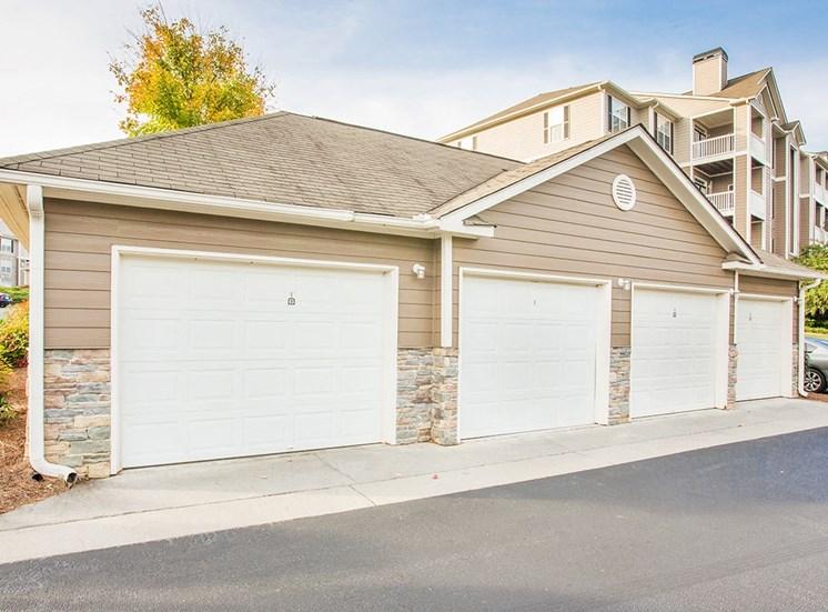 Barrett Walk apartments detached garages in Kennesaw, GA