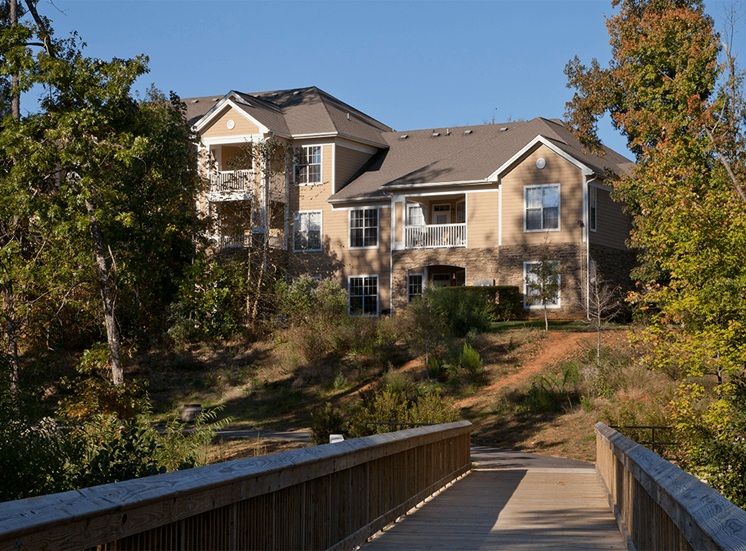 The Lodge at Crossroads apartments with walking trails in Cary, North Carolina