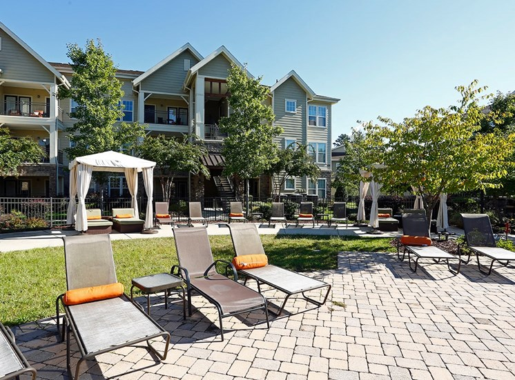 Perry Point apartments poolside seating and cabana in Raleigh, North Carolina