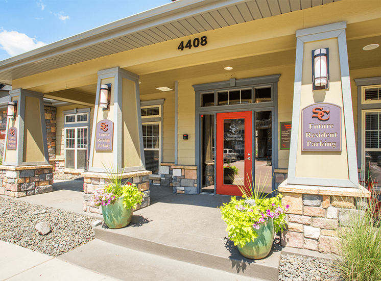 Settlers' Creek apartments leasing center in Fort Collins, Colorado