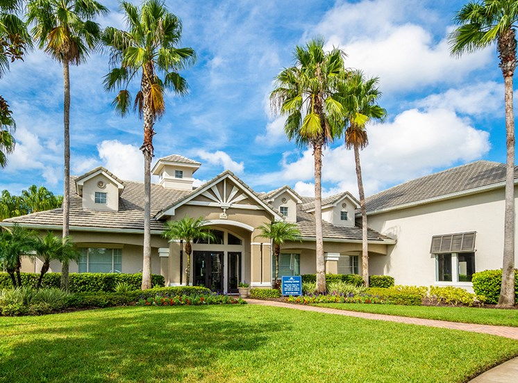Mallory Square apartments leasing center in Tampa, Florida
