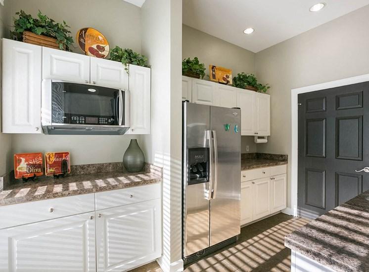 210 Watermark apartments clubhouse kitchen in Bradenton, Florida
