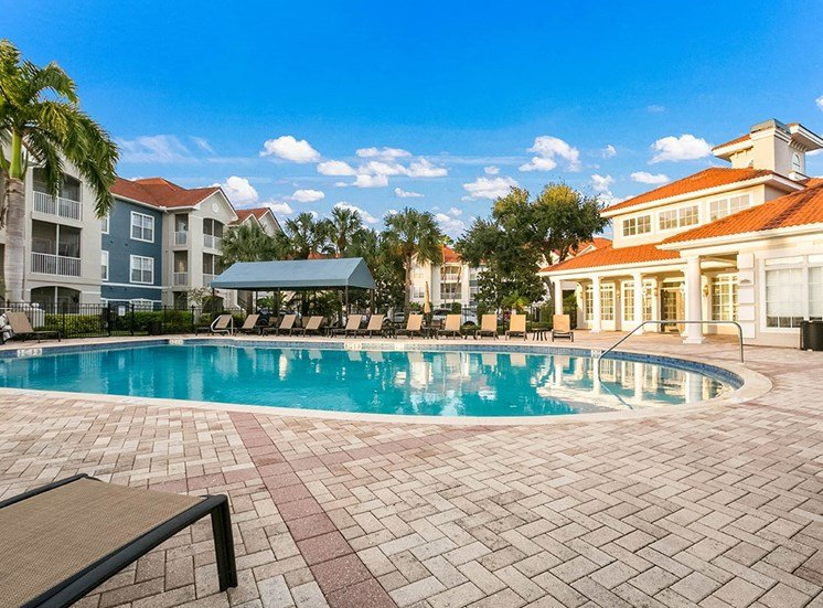210 Watermark apartments swimming pool in Bradenton, Florida