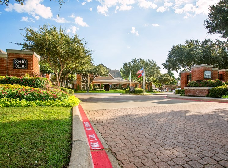 Verandah at Valley Ranch apartment community entrance in Irving, Texas