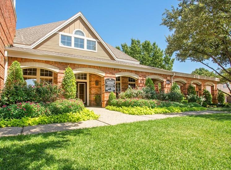 Verandah at Valley Ranch apartments leasing center in Irving, Texas