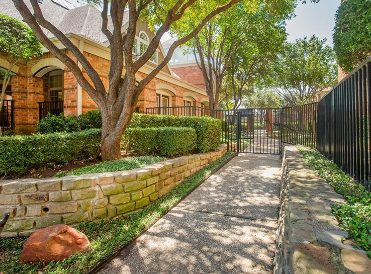 Verandah at Valley Ranch apartments fenced pool area in Irving, Texas