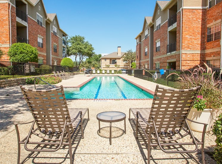 Verandah at Valley Ranch apartments lap pool in Irving, Texas