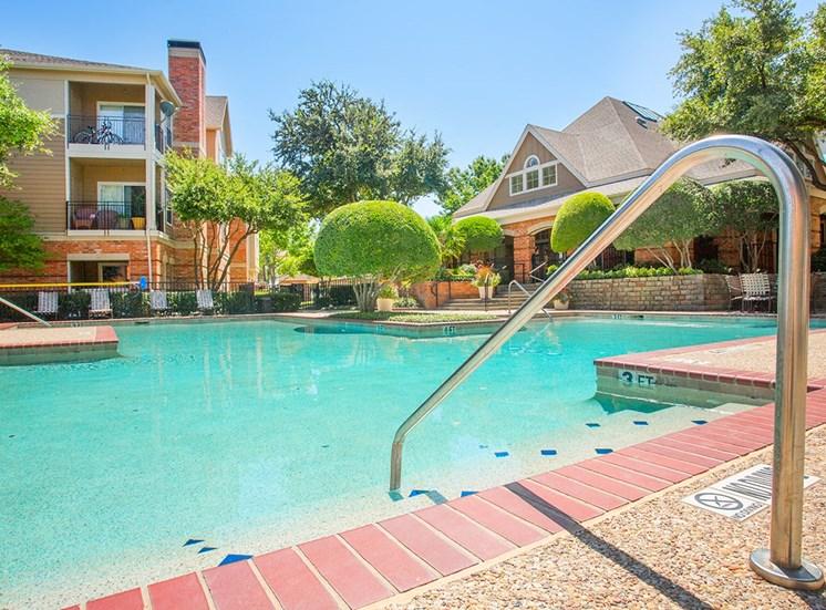 Verandah at Valley Ranch apartments swimming pool in Irving, Texas