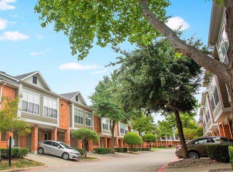 Retreat at Spring Park apartment residences in Garland, TX