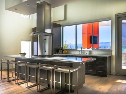 apartment kitchen/bar
