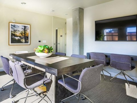 resident office/meeting space