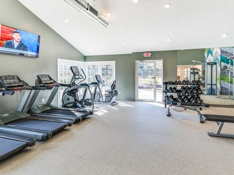 Fitness Center With Modern Equipment at Westwinds Apartments, Maryland, 21403