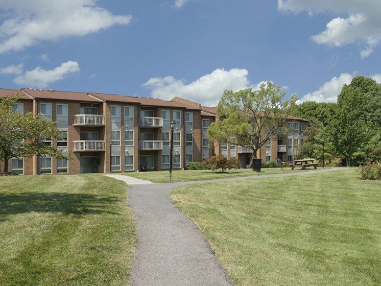 Park-like area at Westwinds Apartments, Annapolis, MD, 21403