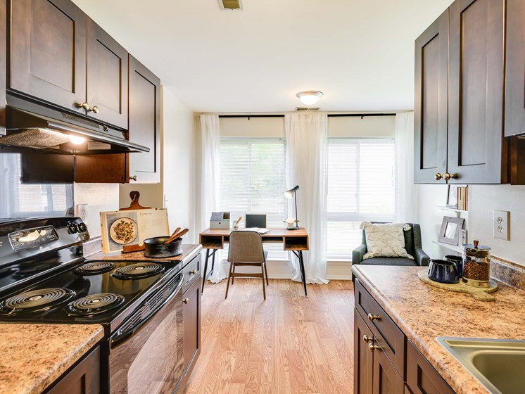 Electric Range In Kitchen at Westwinds Apartments, Maryland