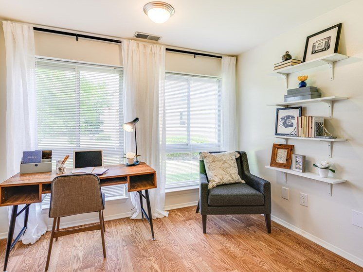 Separate Work Station at Westwinds Apartments, Maryland, 21403