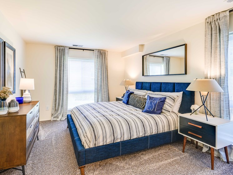 Carpeted Bedroom at Westwinds Apartments, Annapolis, MD