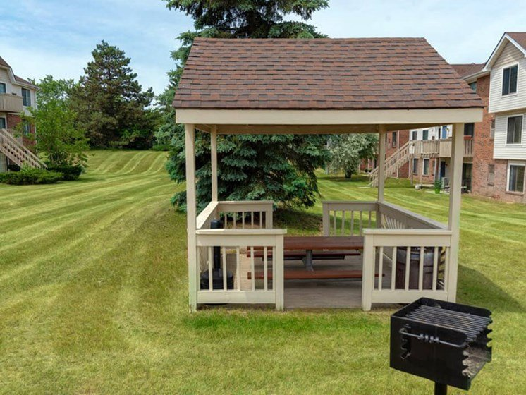 resident grill area in Waterford MI