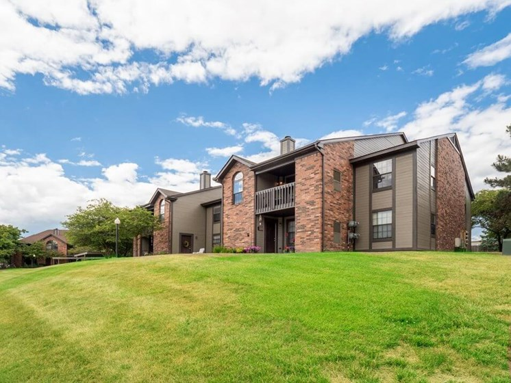 landscaping for Lancaster Lakes Apartments