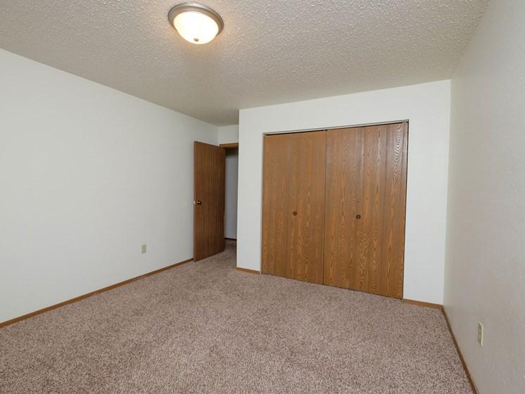 Dynasty 1 Apartments   2 Bedroom   Bedroom