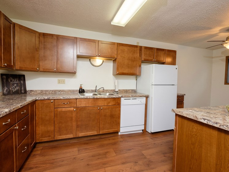 Dynasty 1 Apartments   2 Bedroom   Kitchen