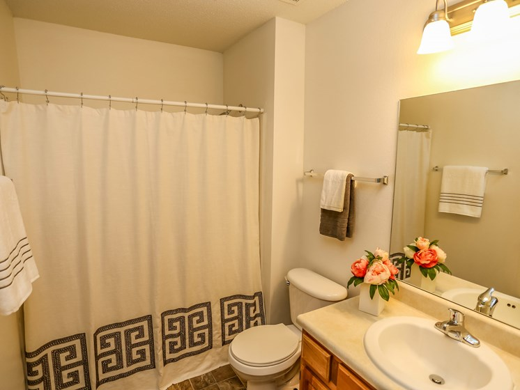 Deerfield Apartments | 3 Bedroom | Bath