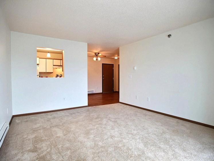 Lake Crest Apartments - 2 Bdrm - Living Rm-Plan A