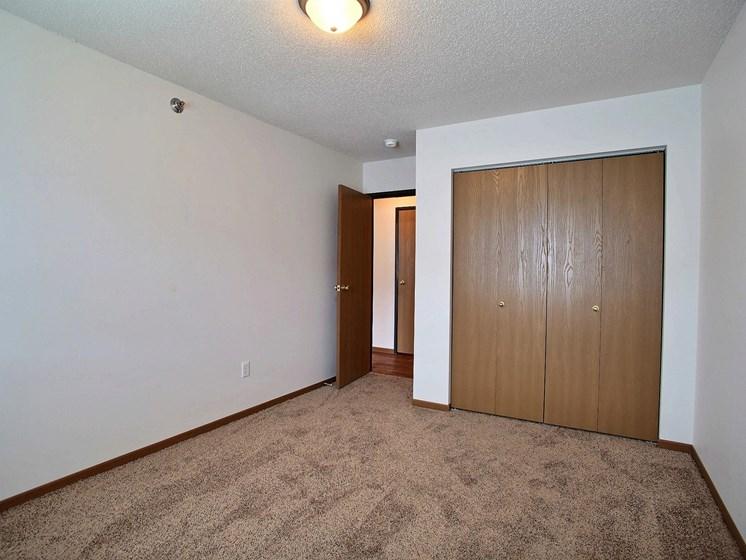 Lake Crest Apartments - 2 Bdrm - Bedroom-Plan B