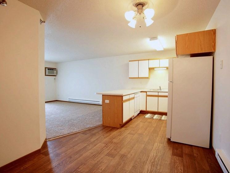 Lake Crest Apartments - 2 Bdrm - Dining-Kitchen-Plan B