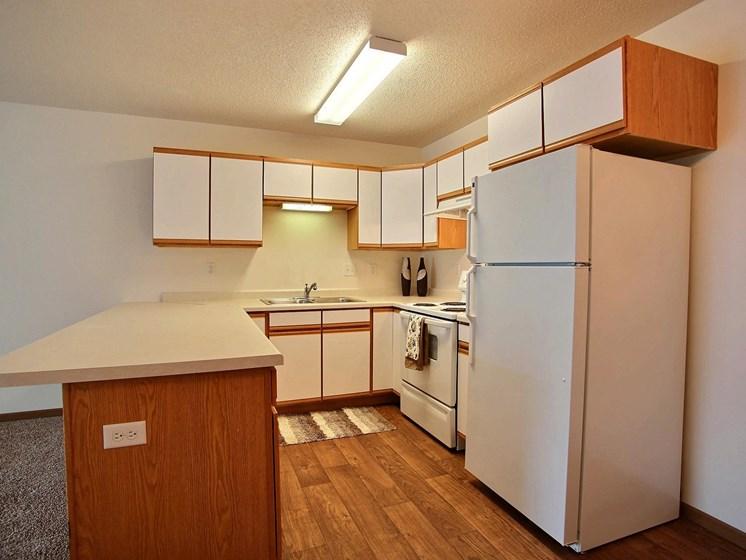 Lake Crest Apartments - 2 Bdrm - Kitchen-Plan B