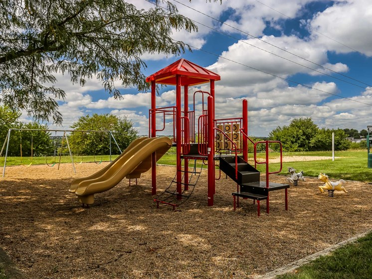 Maple Ridge Apartments | Playground
