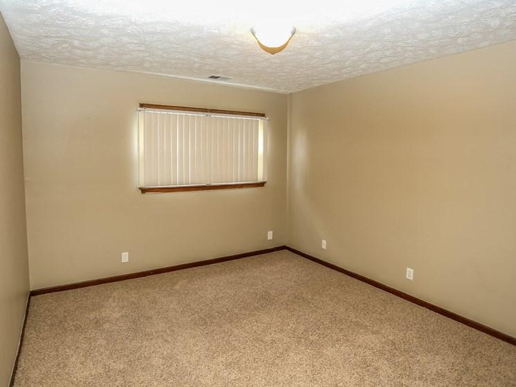 Maple Ridge Apartments | 3 Bedroom | Bedroom
