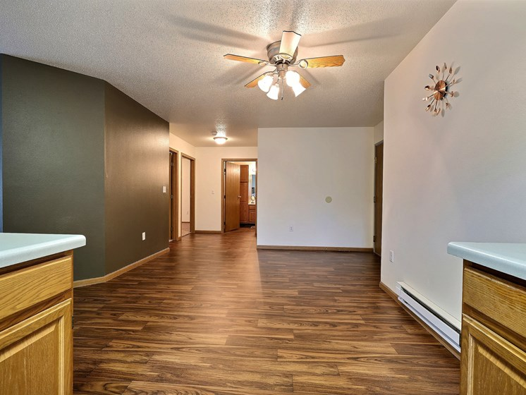 Oxford Apartments | 2 Bedroom | Dining